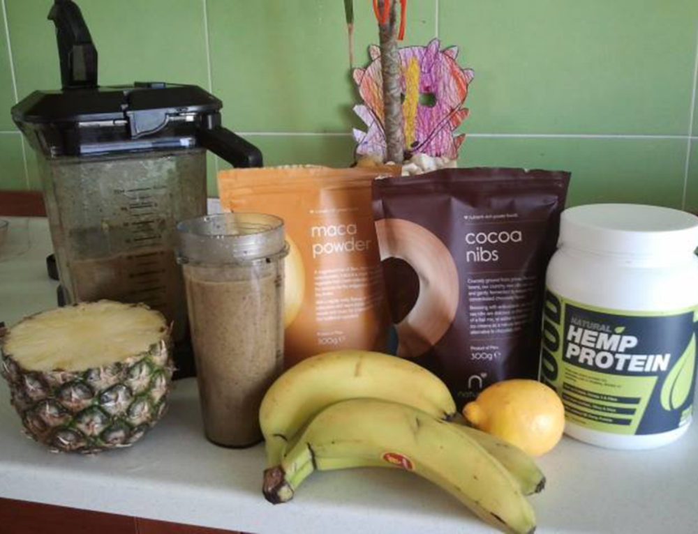 Balazs Heller's Raw Vegan Popeye Smoothie